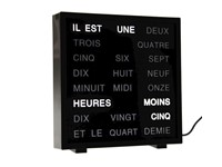 United Entertainment LED Woord Klok - Frans 17x16.5 cm