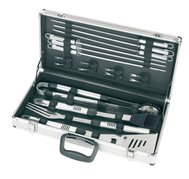 BBQ set with silver case