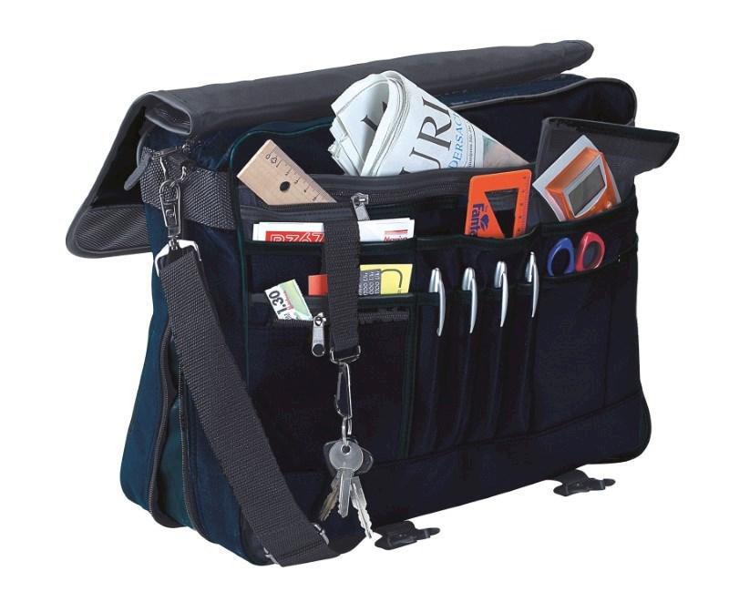 Document bag, expandable zip