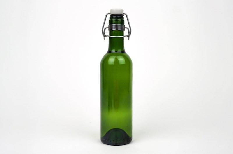 Herbruikbare drinkfles (375 ml) gemaakt van oude wijnfles