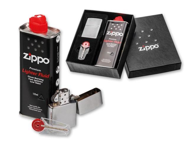 ZIPPO BRUSH SET ,Gasaansteker van metaal, hervulbaar met vuursteen ontsteking in geschenkdoos. Bevat hervulling