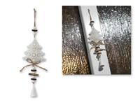 OTRIN ,Decoratie van metaal in boom motief.