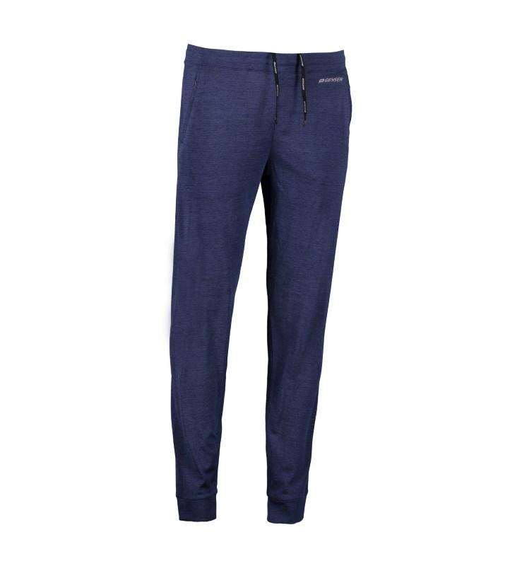 Man seamless sporty pants