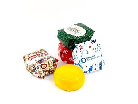 https://productimages.azureedge.net/s3/webshop-product-images/imageswebshop/thoolen_bloembollengeschenken/a315-_g_o_goudkaasje-kerst.jpg