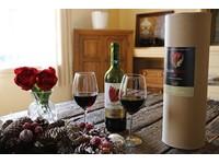 Koker wijn en tulpen