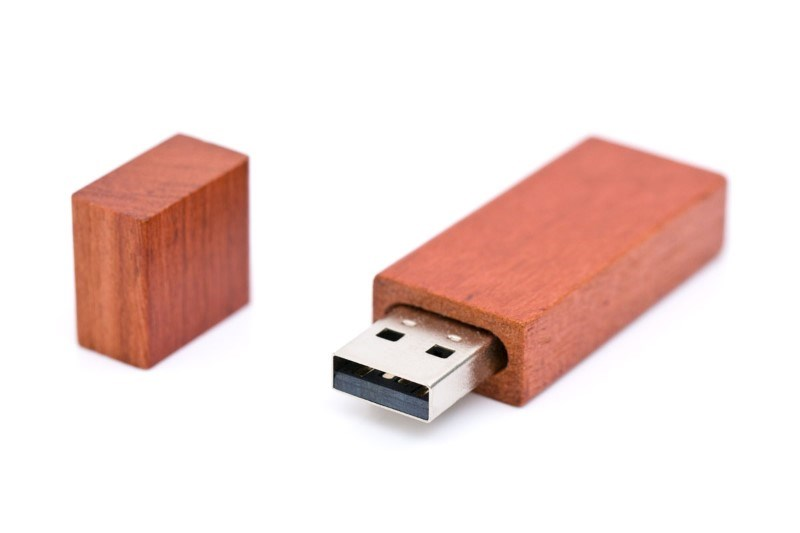 USB Stick hout Bar 2 GB