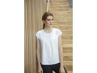 Ladies pleat front blouse