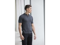 Knitted short sleeved polo shirt