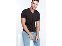 Men's V-neck short sleeve T-shirt
